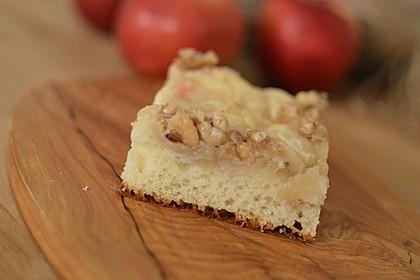 Apfel - Mandel - Kuchen mit Eierlikör 32