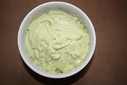 Artischocken mit Avocado - Dip