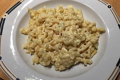 Cremige Käsespätzle 11