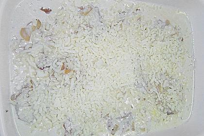 Schweinemedaillons, überbacken mit Zwiebel - Sahne - Sauce 12