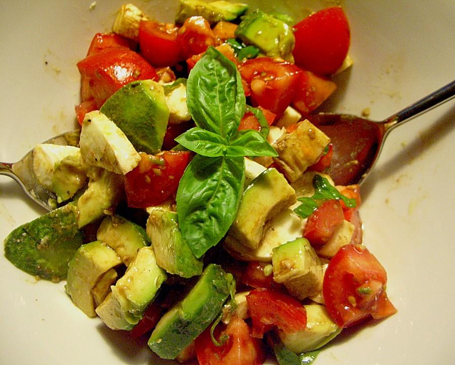 avocado tomaten mozzarella salat von mrsjenny. Black Bedroom Furniture Sets. Home Design Ideas