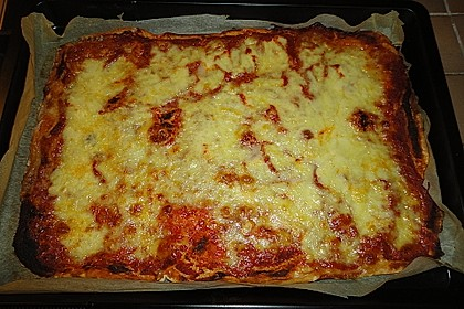 Pizza Margherita 37