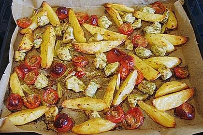 Hähnchenbrustfilet mit Country-Kartoffeln 80
