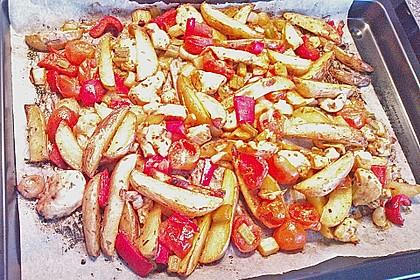 Hähnchenbrustfilet mit Country-Kartoffeln 112