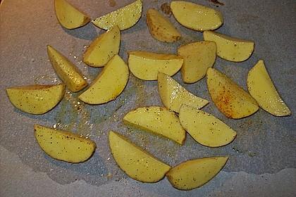 Hähnchenbrustfilet mit Country-Kartoffeln 103