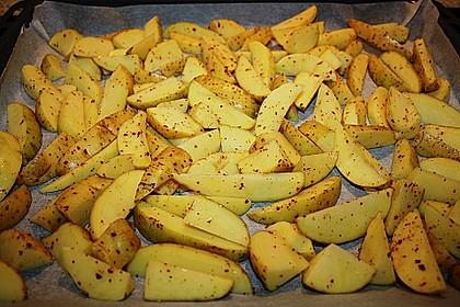 Hähnchenbrustfilet mit Country-Kartoffeln 82
