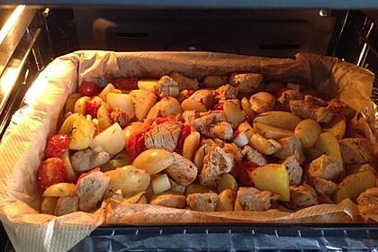 Hähnchenbrustfilet mit Country-Kartoffeln 32