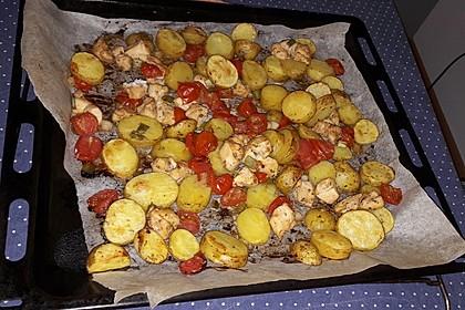 Hähnchenbrustfilet mit Country-Kartoffeln 68