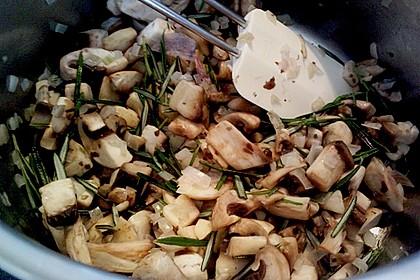 Rosmarinsüppchen mit Geflügelspieß 15