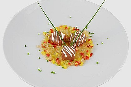 Blutwurst 'Pralinen' mit Paprika - Sauerkraut - Salat