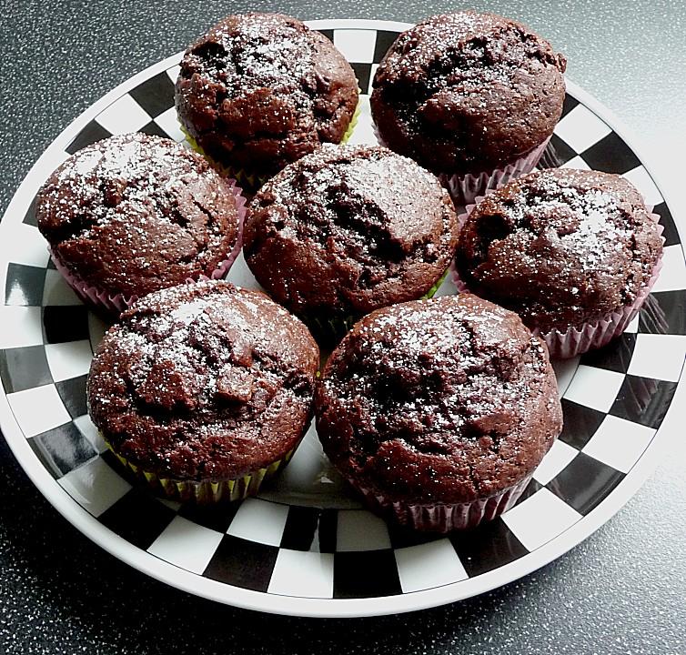saftige schokoladen muffins rezept mit bild von heinols. Black Bedroom Furniture Sets. Home Design Ideas
