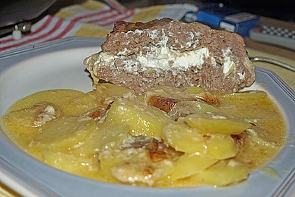 Hackbraten mit Kartoffeln in Sahne 31