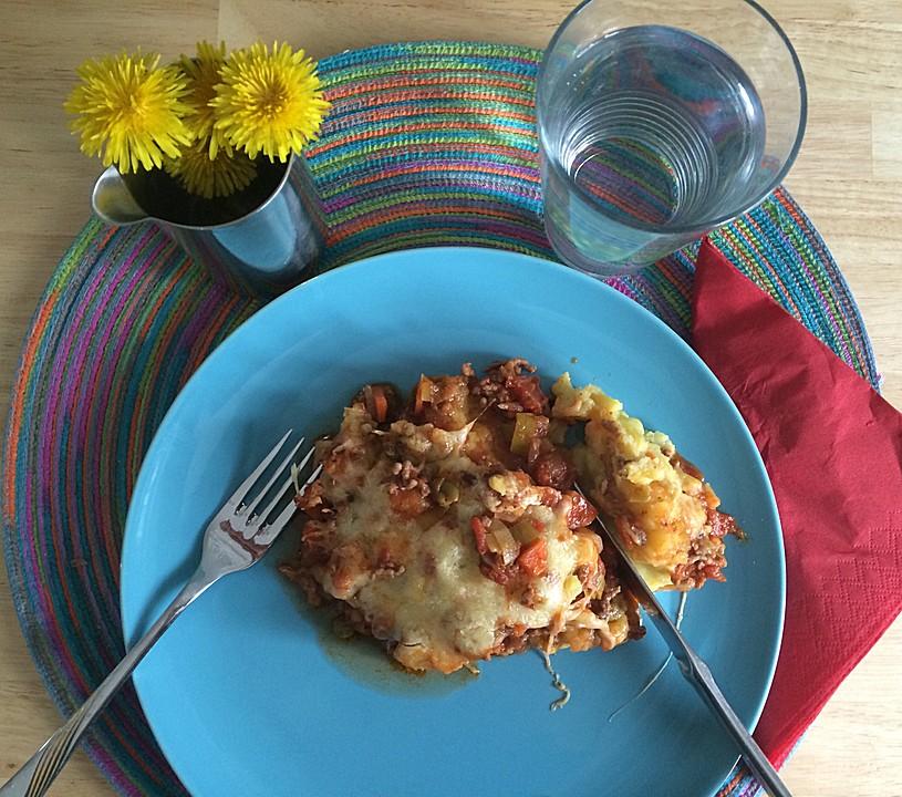 hackfleisch mit suppengr n und tomaten mit kartoffelp ree rezept mit bild. Black Bedroom Furniture Sets. Home Design Ideas
