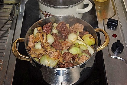 Gulasch nach Omas Rezept 6