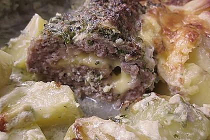 Hackbraten im Kartoffelbett 12