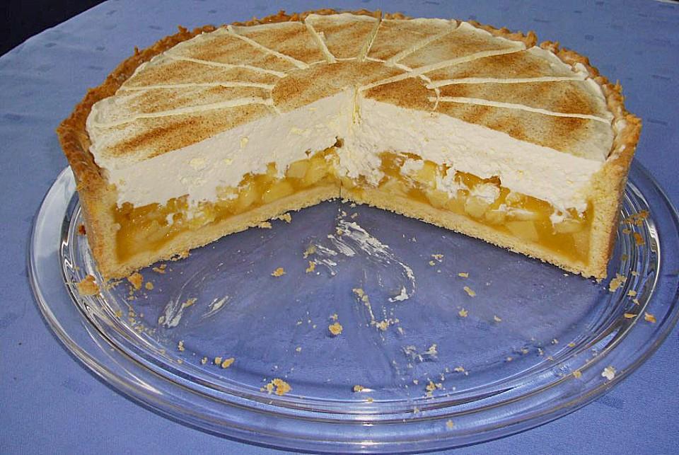 Kuchen mit 4 apfel