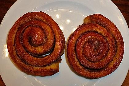 Schwedische Zimtschnecken (Kanelbullar) 100