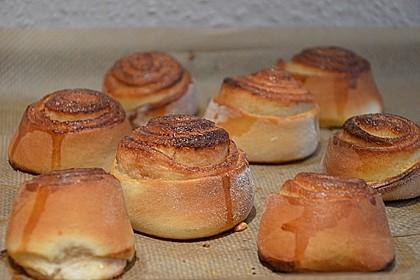 Schwedische Zimtschnecken (Kanelbullar) 1