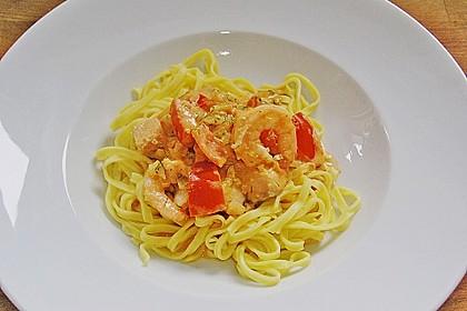 Nudeln mit Lachs - Shrimps - Sauce 1