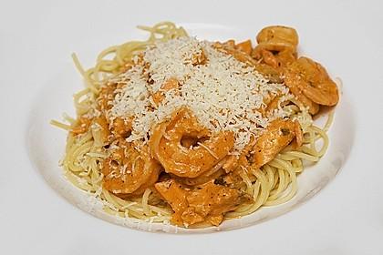 Nudeln mit Lachs - Shrimps - Sauce