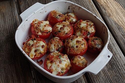 italienisch klassisch gef llte tomaten rezept mit bild. Black Bedroom Furniture Sets. Home Design Ideas