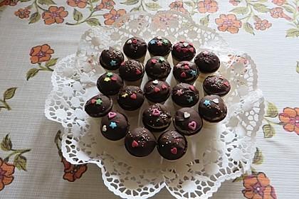 Kleine Kuchen im Waffelbecher 198