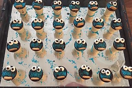 Kleine Kuchen im Waffelbecher 218