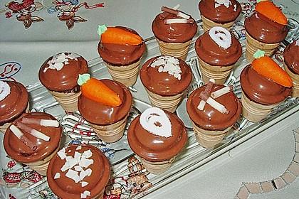 Kleine Kuchen im Waffelbecher 134