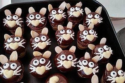 Kleine Kuchen im Waffelbecher 11