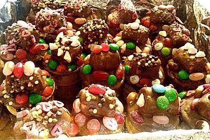 Kleine Kuchen im Waffelbecher 256