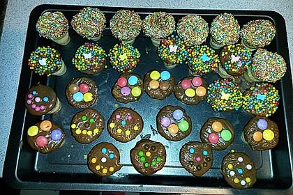 Kleine Kuchen im Waffelbecher 187