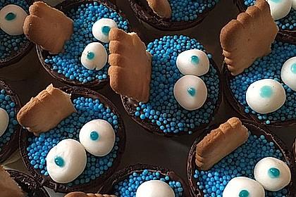 Kleine Kuchen im Waffelbecher 86
