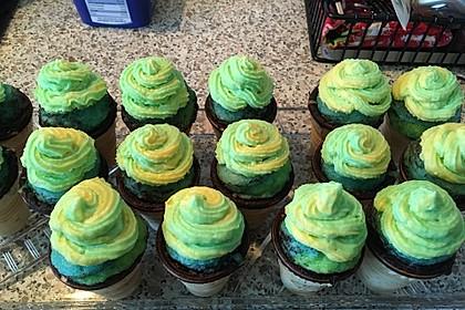 Kleine Kuchen im Waffelbecher 179