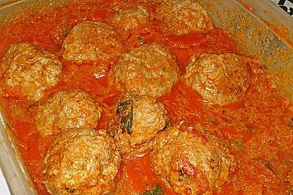 Hackbällchen in fruchtig - scharfer Tomatensauce mit Koriander 3