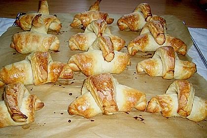 Frühstückskipferln nach Eichkatzerl Art 40