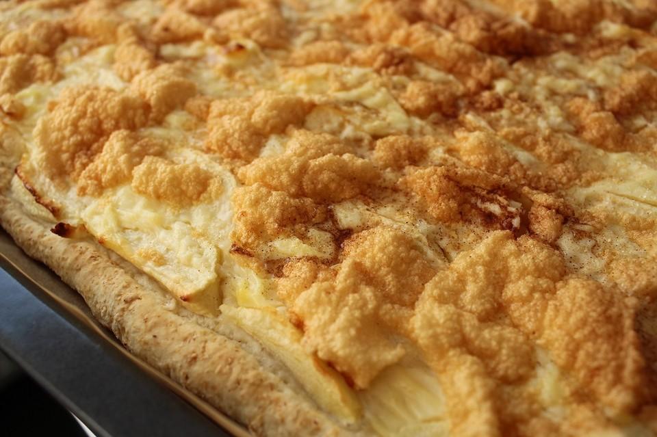 Schneller Blechkuchen Rezept schneller apfel hefe blechkuchen laura132