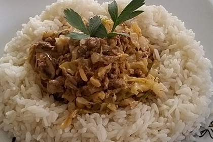 Spitzkohl-Champignon-Hack-Pfanne mit Reis 4