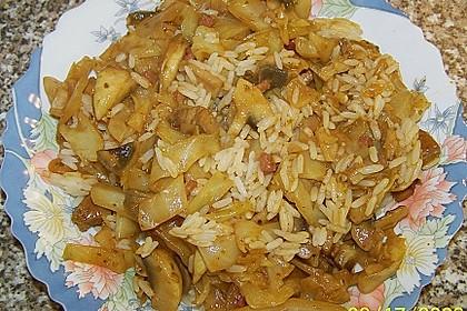 Spitzkohl-Champignon-Hack-Pfanne mit Reis 16