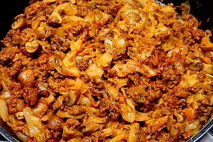 Spitzkohl-Champignon-Hack-Pfanne mit Reis 15
