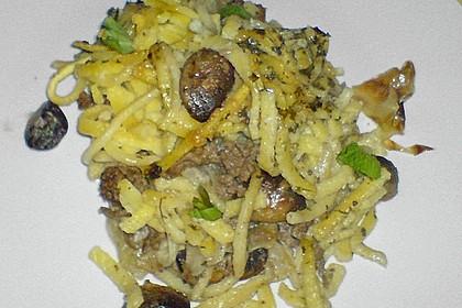 Käsespätzle mit Spitzkohl, Champignons und Hackfleisch 1
