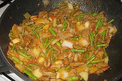 Scharfes Rindfleisch mit Zitronengras 2