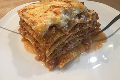 Lasagne Bolognese 11