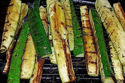 Gegrillte Zucchini 16