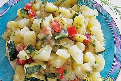 Illes warmer Zucchini-Kartoffelsalat - sommerlich leicht und einfach 10