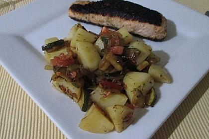 Illes warmer Zucchini-Kartoffelsalat - sommerlich leicht und einfach 11
