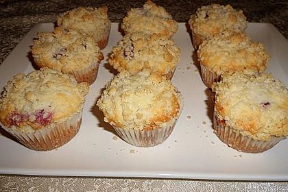 Himbeer - Muffins mit Streuseln 23