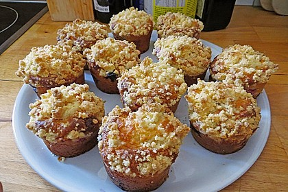 Himbeer - Muffins mit Streuseln 20