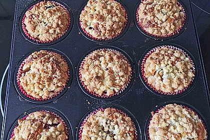 Himbeer - Muffins mit Streuseln 39