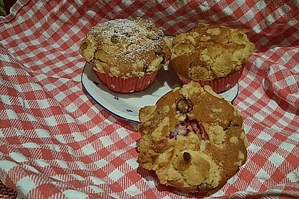 Himbeer - Muffins mit Streuseln 49