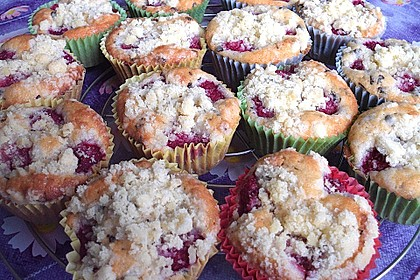 Himbeer - Muffins mit Streuseln 36